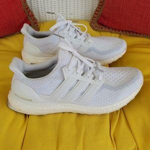 Adidas ultraboost 2. 0 triple white sneakers 11